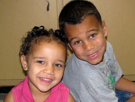 Ari & Zay