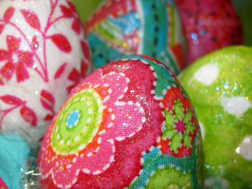 Bright & Fun Easter Egg Ensamble