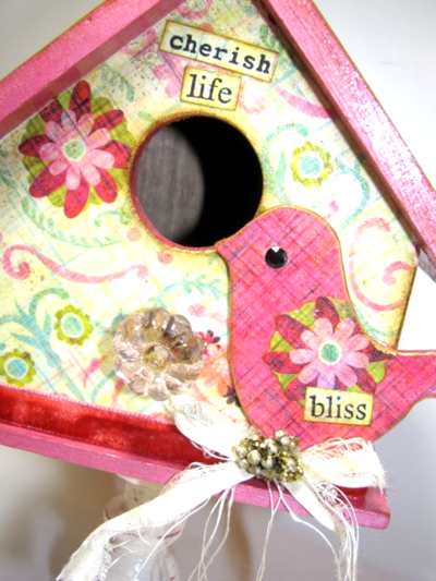 Birdhouse with Bird....